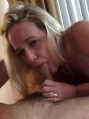 Being a slutty housewife is so much fun. My hubby set up a lunch fuck with one of