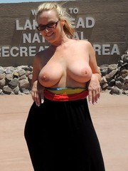 Being the naughty hotwife I am you know Im going to share my dirty holiday photos