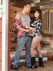 Cutie Alison Rey has the hots for her stepbrother Codey Steele. She also needs to