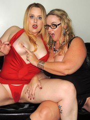Another Siren XXX Studios Meet n Greet in Houston. This time we have HOTWIVES Dee