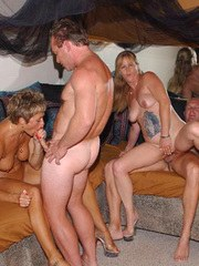 Real Tampa Swingers - Party at Cinsual