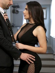 Alex Legend and Valentina Nappi are dressed in their evening best as they lock lips