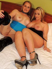 My girlfriend Harmoni Kalifornia came to visit me in Houston to have some HOTWIFE