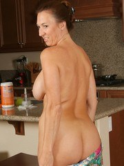 Nasty Housewife Pics