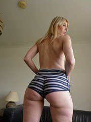 When Jentina visited SubSlut Towers in January of this year the 30-year-old Dutch