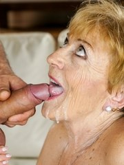 Horny Malya is excited to have her boyfriend Mugar come over. She is all moist between