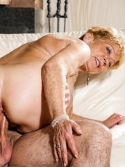 Naughty Malya offers her young boyfriend Rob her tasty wet pussy. She wraps her mouth