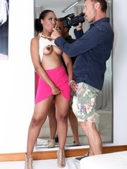Dark Bermudian Chade Rose is auditioning for porn icon Rocco Siffredi. In an unusual