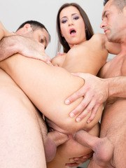 Cindy Bubble gets ravaged by three lucky studs ...