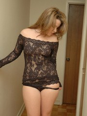 Kerie Hart loves to show off her body in black lace