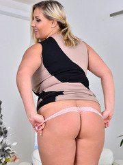 Crystal Swift knows she cant hide her giant all naturals so she flaunts them instead.