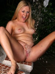 Mature Squirting Sex