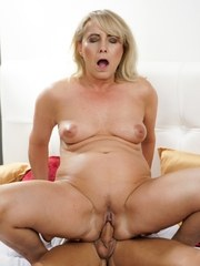 Hot granny Jana Nelle gets her pussy eaten out by stud Dom Ully. After getting her
