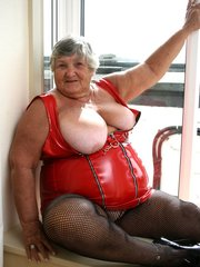 GrannyMatureBBWCurvyUnited KingdomMILFBig TitsExhibitionistFingeringLingerieStockingsHigh