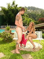Hot shemale presenting creamy mask to a guy after outdoor ass-riding frenzy