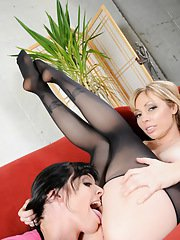Naughty Adrianna gets blowed by a hot babe