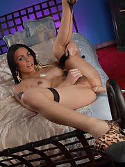 Beautiful TS Jiana drilled on the bed