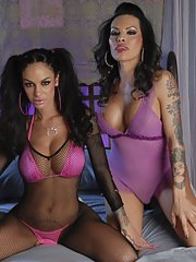 TS Foxxy in a crazy 3some with Carmen  Angelina