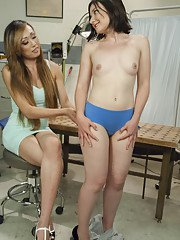 TS Venus Lux fakes being a plastic surgeon seduces her client fucks her on docs desk!