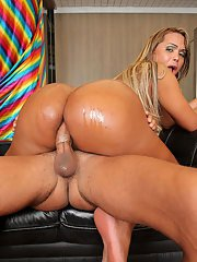 Bianca Petrovicky loves getting fucked