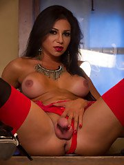 Jaquline Braxton Catches Pervy Peeping Tom and Seduces him with her Hard Cock and