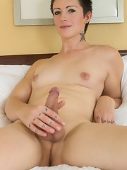 Gorgeous Evie Eliot is a stunning tgirl with a magnificent body natural breasts a