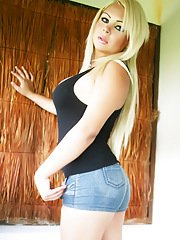 A Blonde Shemale BombShell with a Fat Thick Meaty shecock!